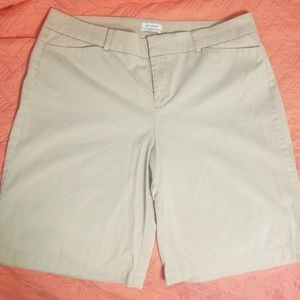 Dockers Ideal fit metro Bermuda shorts